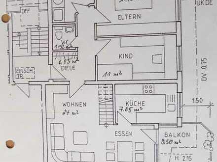 Gepflegte 3,5-Zimmer-DG-Wohnung mit Balkon und EBK in Ebhausen