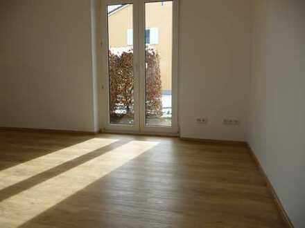 Kernsanierte, neuwertige 3-Zimmer-Wohnung mit Einbauküche und Gartennutzung in Murnau