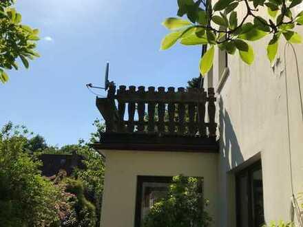 17 qm großes Zimmer mit Balkon