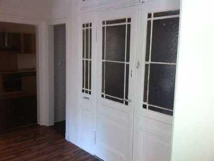 Vollständig renovierte 4-Zimmer-Wohnung mit Einbauküche in Landau in der Pfalz