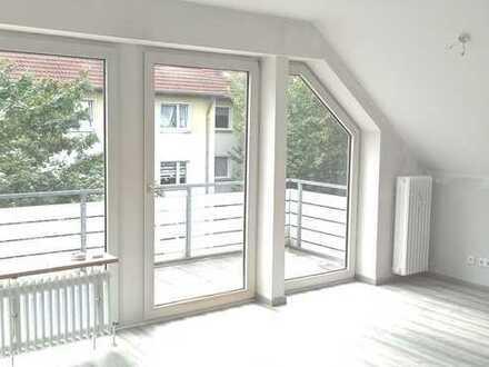 Erstbezug nach Sanierung mit Balkon