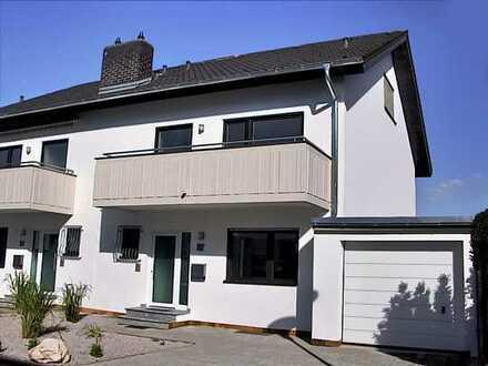 Sandhausen: Schöne großzügige DHH in ruhiger zentraler Lage **Provisionsfrei** 2 Balkone + Terrasse