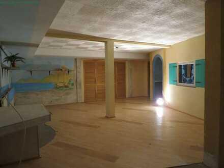 215 m² Gewerbefläche im UG in 86159 Augsburg - frei -
