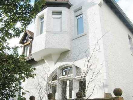 Charmante Villa in ruhiger Bestlage / Nahe der Schlossanlage (Zeitmietvertrag)