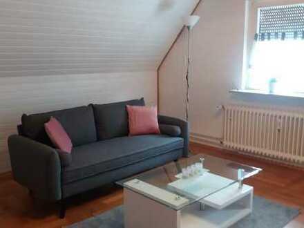 Exklusive, geräumige und gepflegte 2-Zimmer-Wohnung mit Einbauküche in Durmersheim