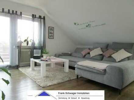 Echterdingen: moderne 4 Zi.-DG Wohnung mit Einbauküche, Balkon und Vinylböden im edlen Holzdesign