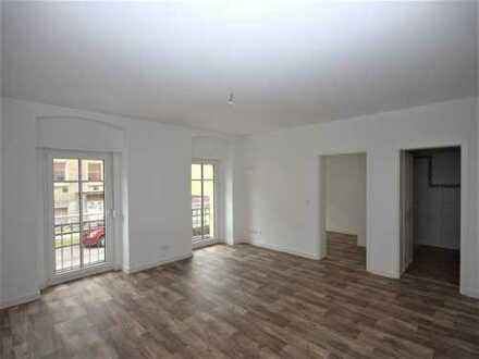 Bild_2,5 Zimmer mit Balkon im Erdgeschoss in Mitte