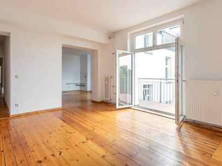 5-Zimmer-Altbauwohnung im Brüsseler Kiez - bezugsfrei
