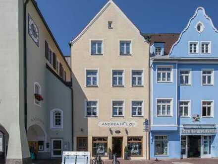 Attraktive Kapitalanlage! Wohn- und Geschäftshaus mitten in der Schongauer Altstadt