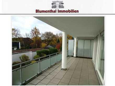 Hier stimmt alles ! Moderne 2-Raum-Wohnung mit großer Terrasse und Garage in Toplage von KR-Bockum !