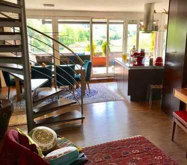 Stilvolle 4-Zimmer-Maisonette-Wohnung mit Balkon und EBK in Tübingen