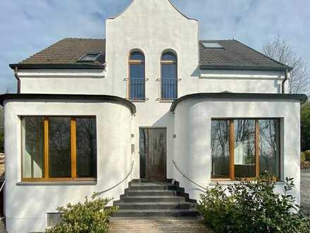 Arbeiten und Wohnen: großartige Villa mit Ruhrblick !