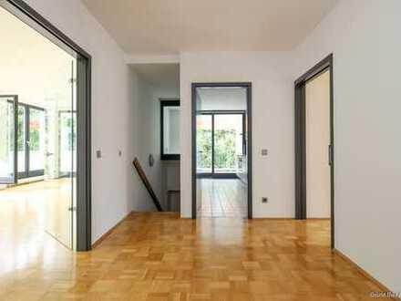 Großzügige, lichtdurchflutete Wohnung in Dahlems schönster Lage