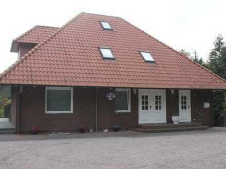 H. Jahncke GmbH Immobilienmakler Einfamilienhaus in 25693 St. Michealisdonn