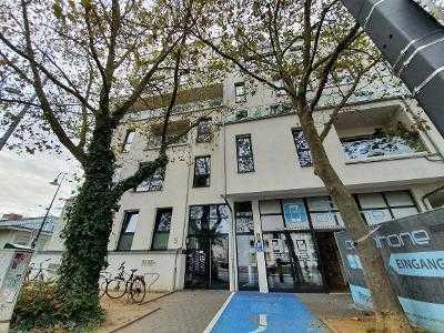 Neuwertige 5-Raum-Wohnung mit Balkon und Einbauküche in Darmstadt Zentrum