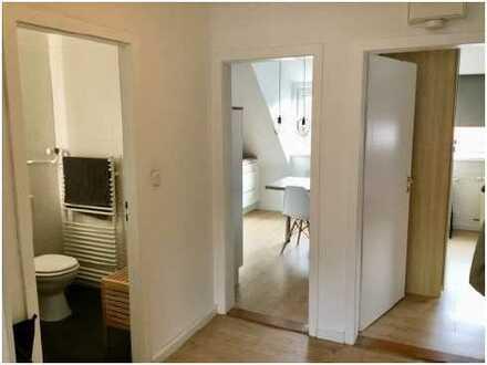Schöne, helle 3-Zimmer-DG-Wohnung mit EBK und Gartennutzung in Bremen, Lehe