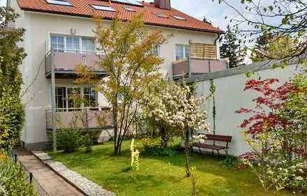 Freundliche 4-Zimmer-Dachgeschosswohnung mit Balkon in Harthof,München bei U2