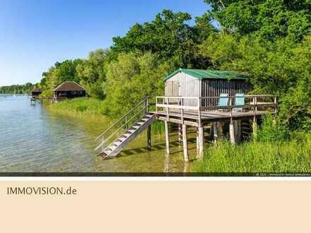 Architekten-Villa mit Bootshaus