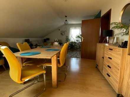 Neuwertige 4-Zimmer-DG-Wohnung mit Balkon in Enkenbach-Alsenborn