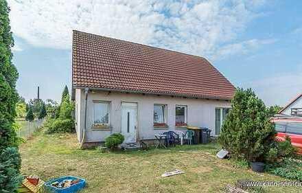 Einfamilienhaus auf großen Grundstück in idyllischer Lage