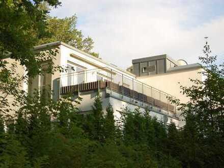 Luxus-3-Zimmer-Penthouse mit drei Dachterrassen in exclusiver Lage nähe Nymphenburger Schloß