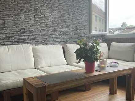 Vollständig renovierte 4-Zimmer-Wohnung mit Loggia in Wiesloch