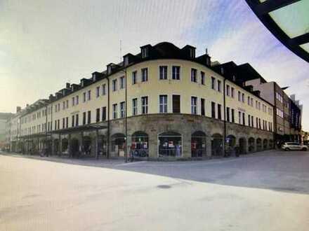 1A-CITYLAGE, Im LOHERHAUS ca. 170 m² Einzelhandels-/Gewerbeflächen für exclusive Geschäfte
