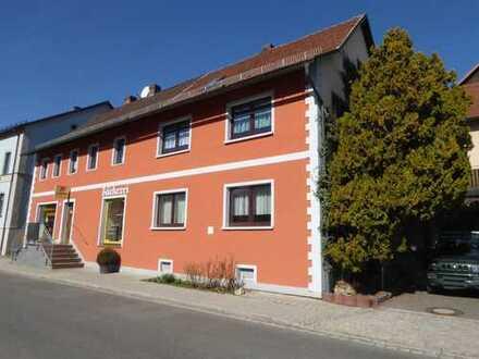 Wohn-/Geschäftshaus in Königsfeld