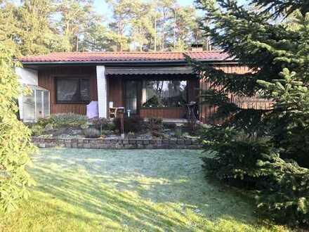 Kleines, energetisch saniertes Einfamilienhaus / Ferienhaus in ruhiger Waldrandlage