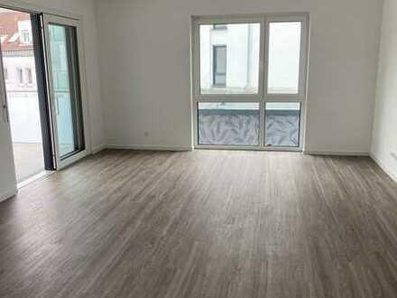 4 Zimmerwohnung mit Balkon, Erstbezug in Neubau