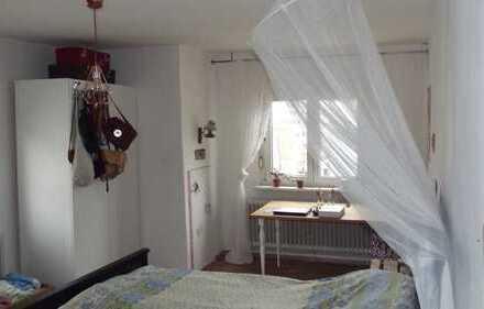 Schöne 3 Zimmer Wohnung/auch 3er WG möglich