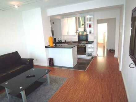 Köln-City: Top-Moderne 2-Zimmer-Wohnung inkl. hochwertiger Einbauküche, Möbel, TV und Sonnenbalkon!