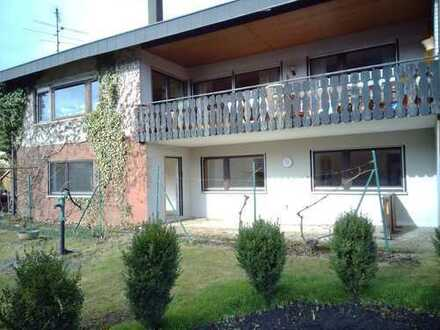 Vollständig renovierte 2-Zimmer-Terrassenwohnung mit Einbauküche in Ebhausen