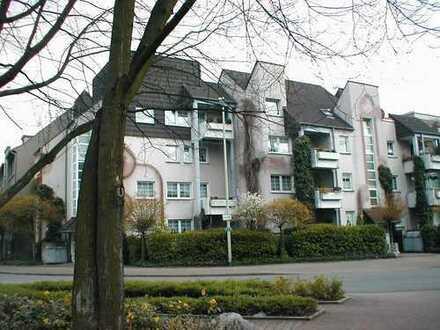 Erdgeschosswohnung mit kleiner Terrasse in zentraler Lage