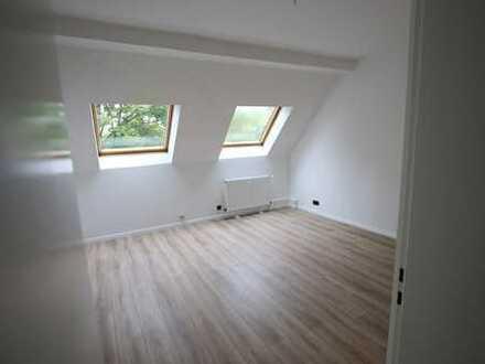 großzügige 3 Zimmer Wohnung in der Nähe der Hochschule Düsseldorf WG-geeignet