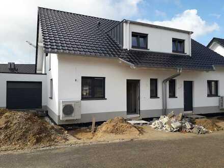 Erstbezug eines Doppelhauses