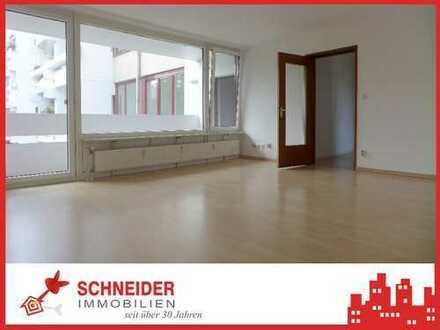 IMMOBILIEN SCHNEIDER - Neuhausen - wunderschöne 3 Zimmer Wohnung mit Süd-Balkon, EBK, Laminat