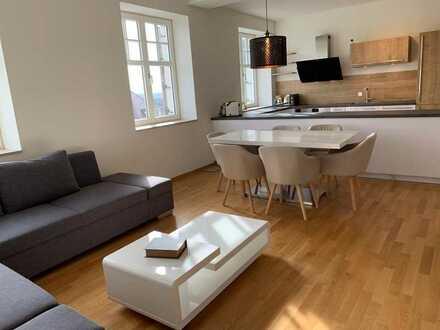 2-Zimmer-Wohnung im historischen Altbau mit Einbauküche