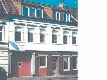 Modernisiertes Wohn und Gewerbeimmobilie mit angrenzender lichtdurchfluteter Werkhalle