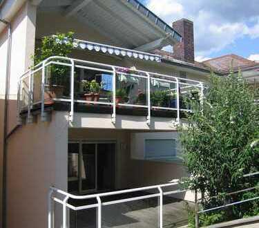 Moderne 4-Zi.WHG, großartiges Wohngefühl, gr. Glasflächen, direkt vom Eigentümer