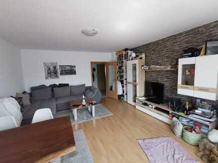 VIERNHEIM - 2-Zimmer-Wohnung mit Balkon