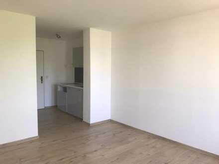 kleine aber feine 1-Zimmer-Wohnung mit EBK und Tiefgaragenstellplatz