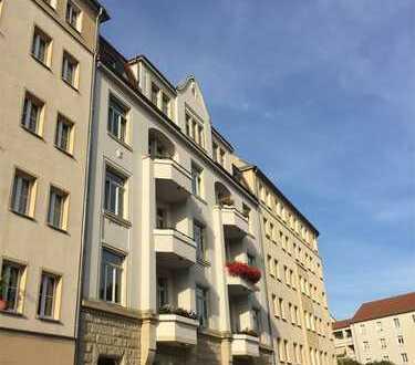 Dresden-Striesen: 5 Zi - Sonniger Ausblick - Frei - Maisonette Dachgeschoßwohnung