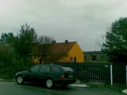 Modernisiertes Einfamilienhaus mit vier Räumen und EBK in Lassan, Lassan