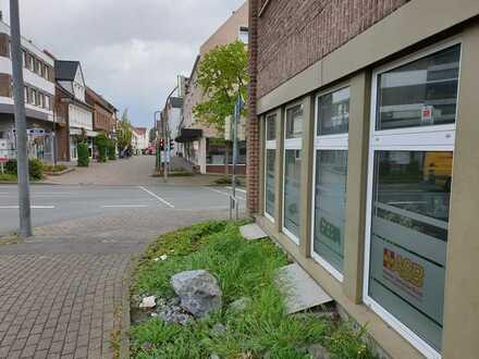 Büro / Praxis / Gewerbe Räumlichkeit in Beckum Zentrum zu vermieten