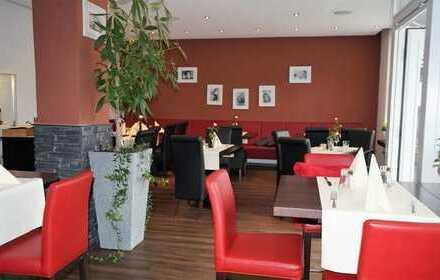 Piesport an der Mosel, modernes Restaurant mit Außenterrasse