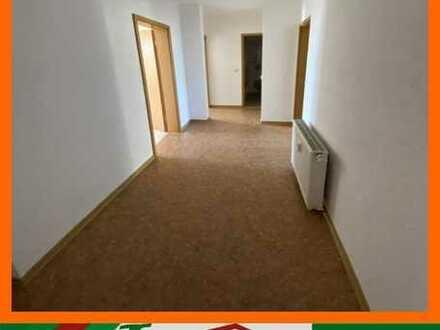 Geräumige 2-Raum Wohnung im 2. OG - direkt im Zentrum von Rochlitz