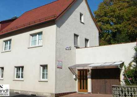 Provisionsfrei - Zentral gelegenes Wohnhaus mit Garten