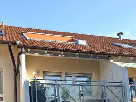 Gepflegte 3-Zimmer-Wohnung mit Balkon und EBK in Heppenheim (Bergstraße)