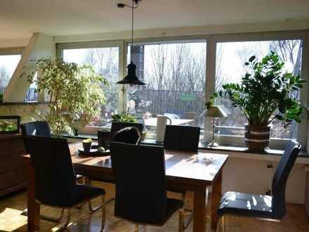 An Kapitalanleger 5-Zimmer-Dachgeschosswohnung mit 40m² Terrasse in Wuppertal
